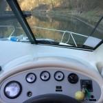 la planche de bord (régime moteur / tension batterie / température moteur / reservoir carburant / capacité eaux usées)