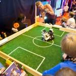 match de foot avec des lego radiocommandé